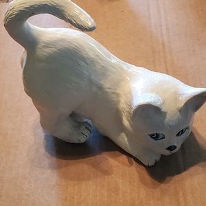 Vintage cat figurine